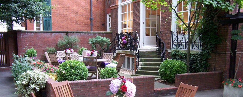 170 Queen's Gate Courtyard Garden